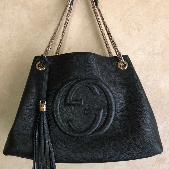 e2dad2a05500 Gucci Handbags - Gucci Soho Chain Strap medium bag.
